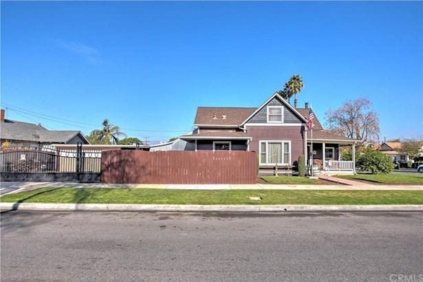 423 E 10th Street, Corona, CA - USA (photo 2)