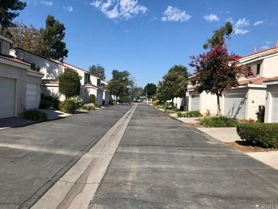 1134 W Whittlers Lane, Ontario, CA - USA (photo 3)