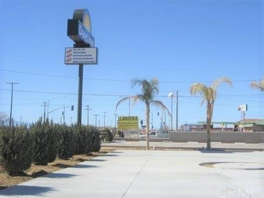 0 Spruce Street, Adelanto, CA - USA (photo 2)