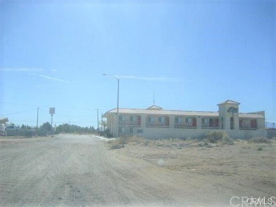 0 Spruce Street, Adelanto, CA - USA (photo 3)