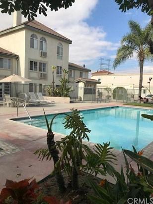 15000 Downey Avenue 142, Paramount, CA - USA (photo 1)