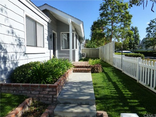34 Summerfield 18, Irvine, CA - USA (photo 2)