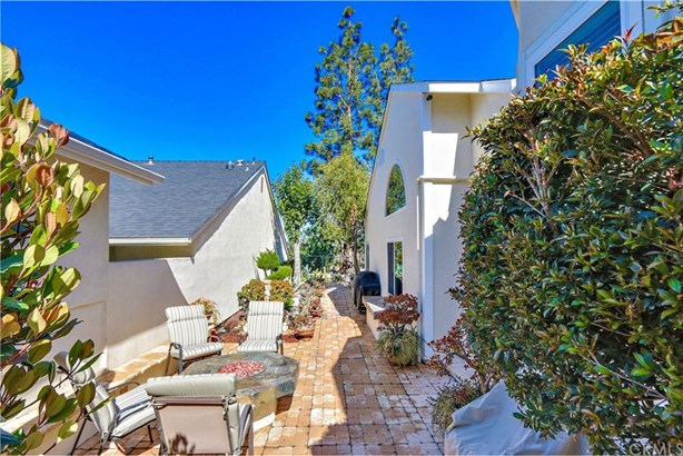 6017 E Brighton Lane, Anaheim Hills, CA - USA (photo 3)