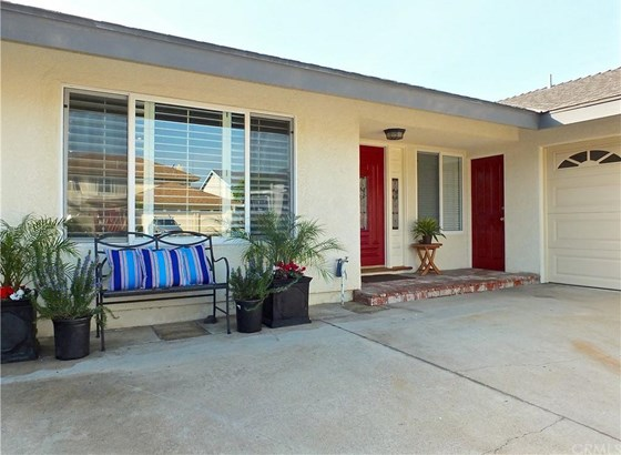 17341 Gibson Circle, Huntington Beach, CA - USA (photo 4)