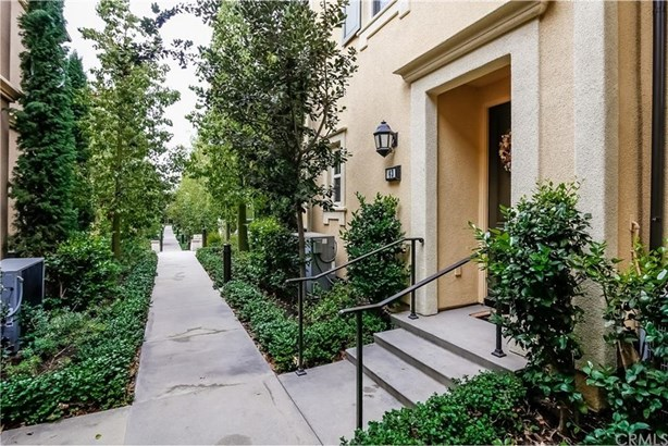 43 Mayfair, Irvine, CA - USA (photo 3)
