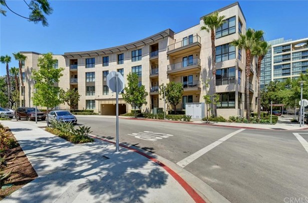402 Rockefeller 215, Irvine, CA - USA (photo 1)