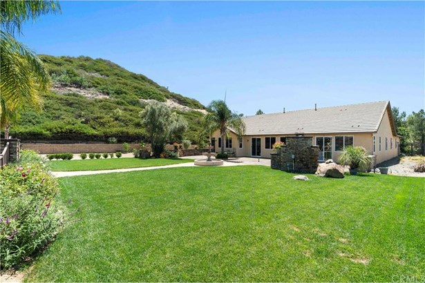 2821 Crestview Drive, Norco, CA - USA (photo 5)