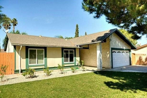 1342 Emerald Street, Corona, CA - USA (photo 1)
