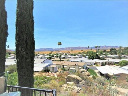 1536 S State 200, Hemet, CA - USA (photo 2)