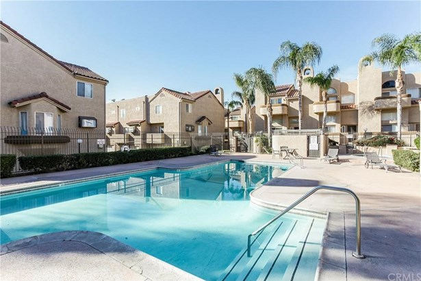 2020 S Bon View Avenue B, Ontario, CA - USA (photo 5)
