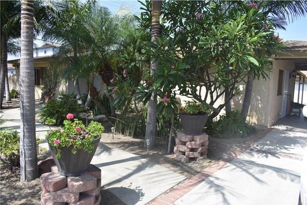 9241 Nichols Drive, Garden Grove, CA - USA (photo 1)