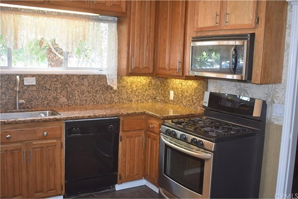 9241 Nichols Drive, Garden Grove, CA - USA (photo 3)