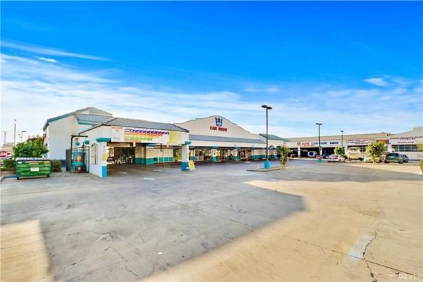 2603 E Palmdale Boulevard, Palmdale, CA - USA (photo 2)