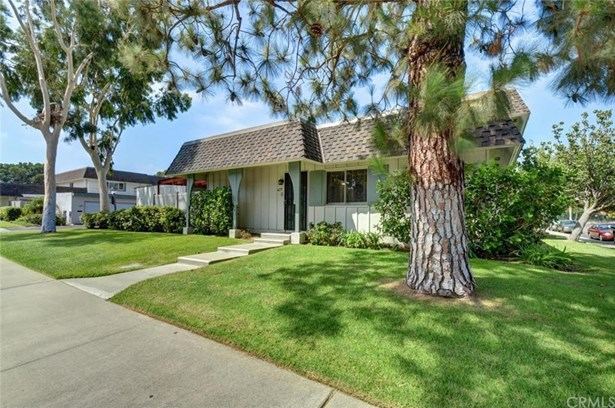 4251 Larwin Avenue, Cypress, CA - USA (photo 1)
