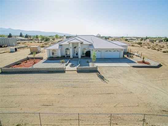 10582 Columbine Road, Oak Hills, CA - USA (photo 2)