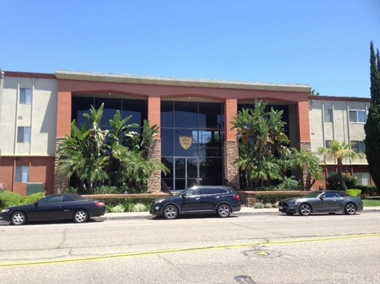 400 N Acacia Avenue A23, Fullerton, CA - USA (photo 1)