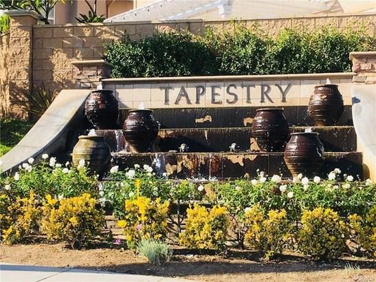 1220 Wisteria Avenue, La Habra, CA - USA (photo 2)