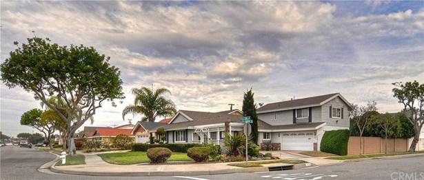 17710 Oak Street, Fountain Valley, CA - USA (photo 2)