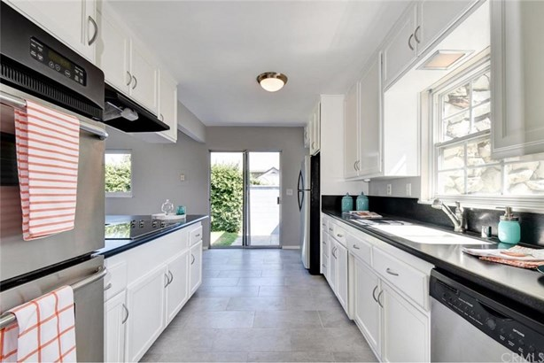 2827 Foreman Avenue, Long Beach, CA - USA (photo 5)
