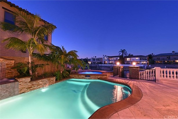 300 Morning Star Lane, Newport Beach, CA - USA (photo 5)