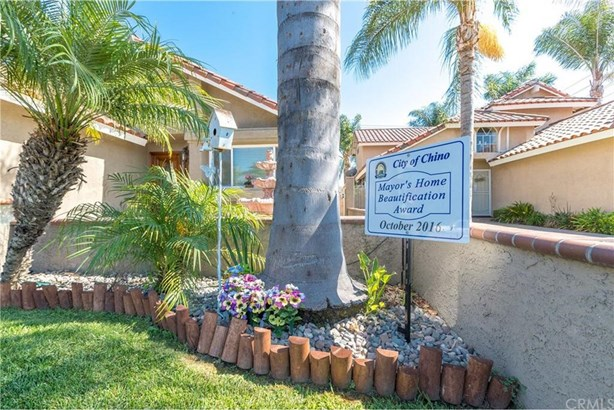 5919 Ashley Court, Chino, CA - USA (photo 4)