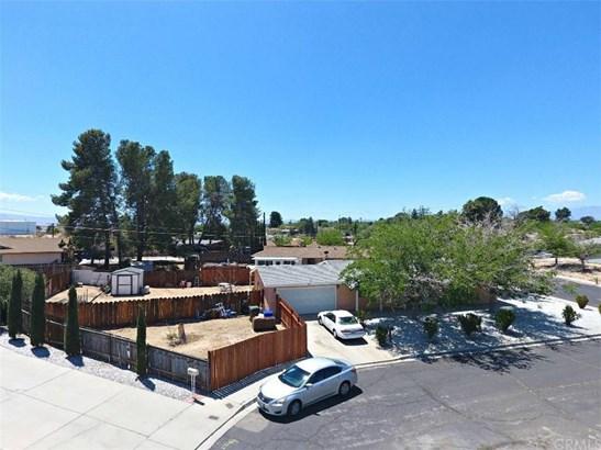 15945 Fresno Place, Victorville, CA - USA (photo 3)