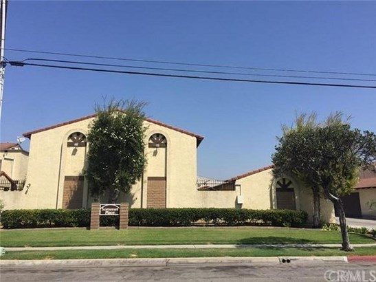 9913 Cedar Street, Bellflower, CA - USA (photo 2)