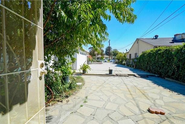 1037 S Gladys Avenue, San Gabriel, CA - USA (photo 4)