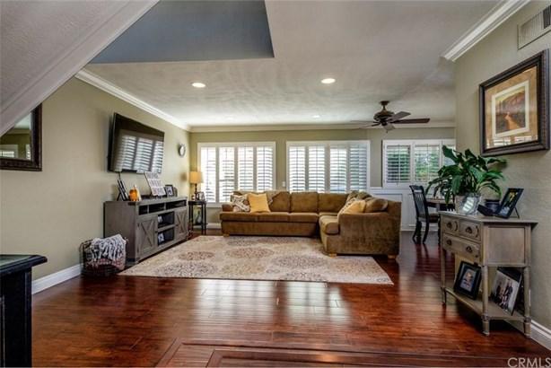 6284 E Northfield Avenue, Anaheim Hills, CA - USA (photo 2)