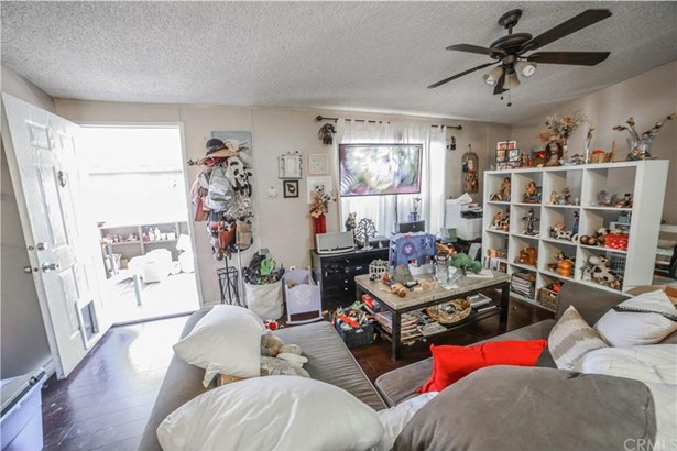 3126 W 1st Street 46, Santa Ana, CA - USA (photo 3)