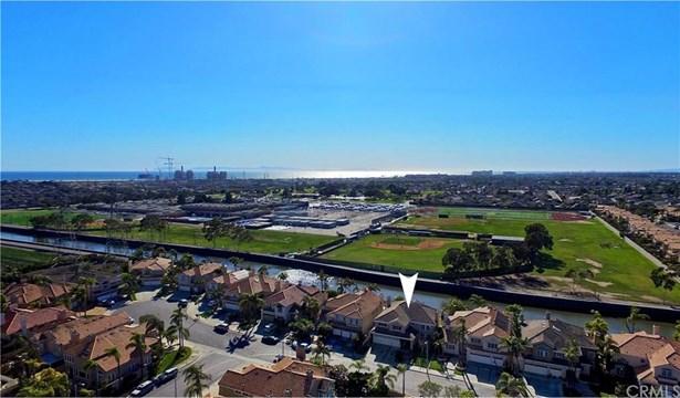 21181 Hillsdale Lane, Huntington Beach, CA - USA (photo 2)