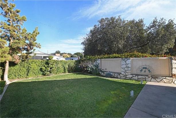 2528 Oakmont Avenue, Santa Ana, CA - USA (photo 3)