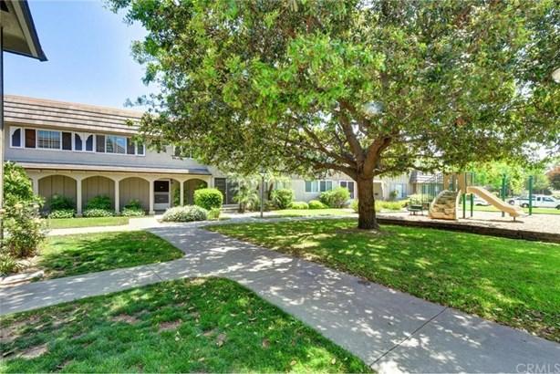 4717 Larwin Avenue, Cypress, CA - USA (photo 2)