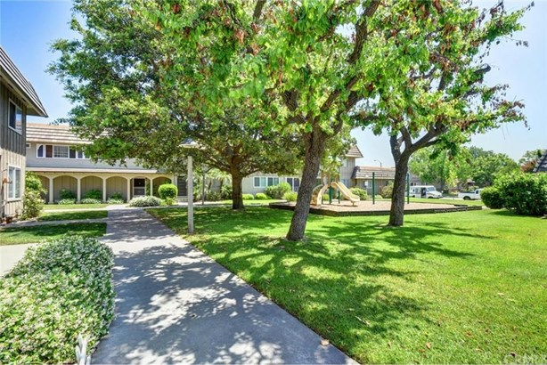 4717 Larwin Avenue, Cypress, CA - USA (photo 3)