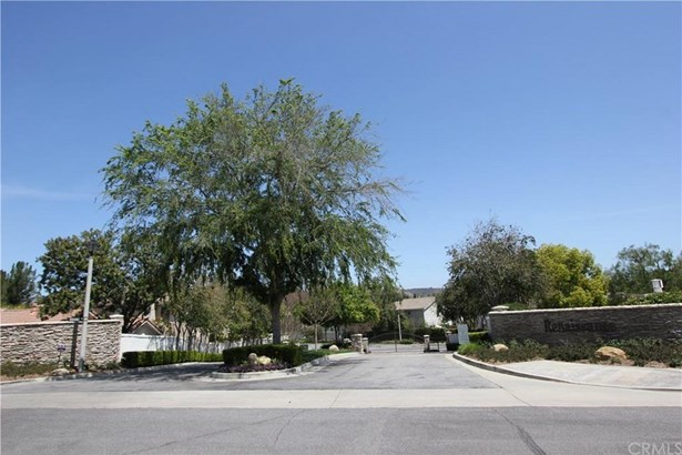 30805 Genova Court, Westlake Village, CA - USA (photo 3)