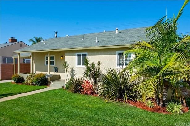 2341 N Bellflower Boulevard, Long Beach, CA - USA (photo 1)
