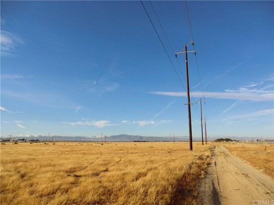 0 Avenue I-10/92 St.w, Lancaster, CA - USA (photo 5)
