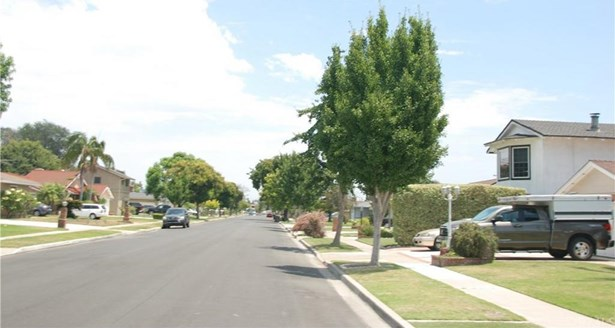 3175 W Rome Avenue, Anaheim, CA - USA (photo 2)