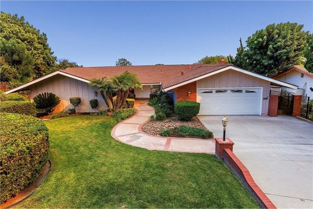 1444 Kensington Drive, Fullerton, CA - USA (photo 1)