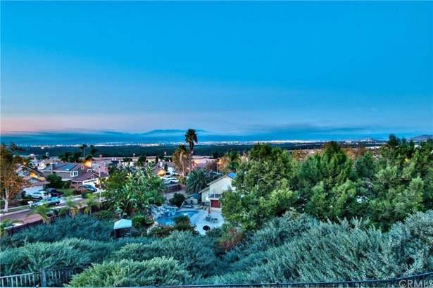 3197 Huckleberry Drive, Corona, CA - USA (photo 4)