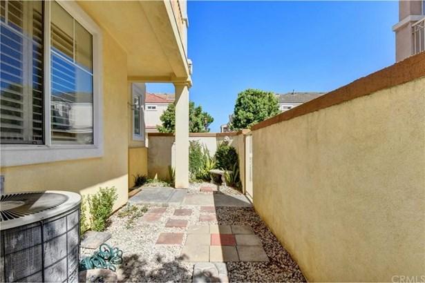 12992 Santor Court, Garden Grove, CA - USA (photo 4)