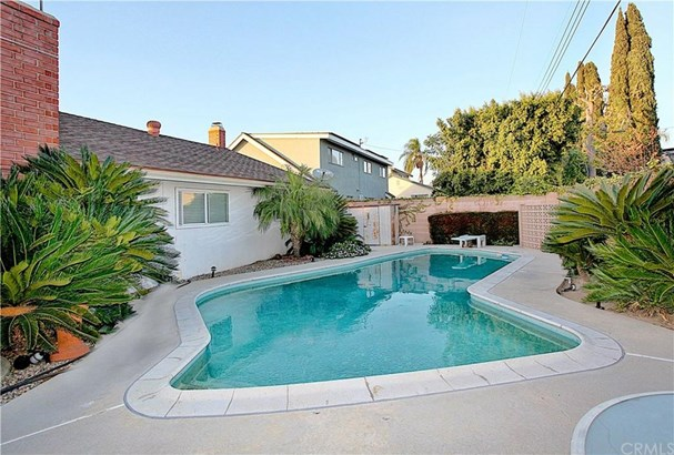 1108 Oakmont Street, Placentia, CA - USA (photo 5)