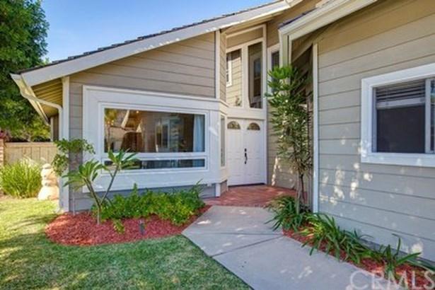 1 Candela, Irvine, CA - USA (photo 3)
