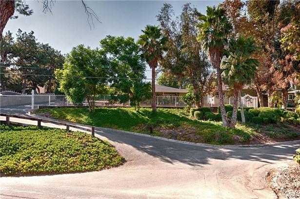 20202 Hillside Drive, Orange, CA - USA (photo 2)