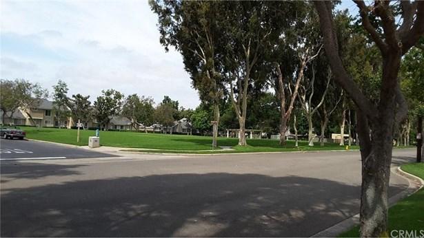 41 Greenfield 42, Irvine, CA - USA (photo 2)