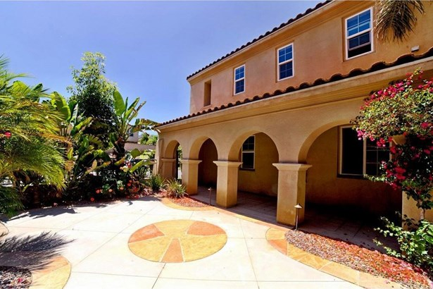 2919 Breezy Meadow Circle, Corona, CA - USA (photo 2)