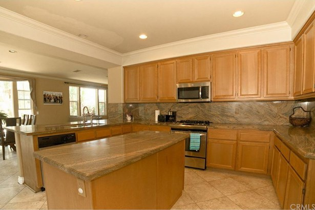 2919 Breezy Meadow Circle, Corona, CA - USA (photo 3)