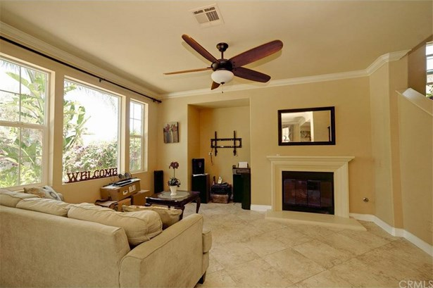 2919 Breezy Meadow Circle, Corona, CA - USA (photo 4)