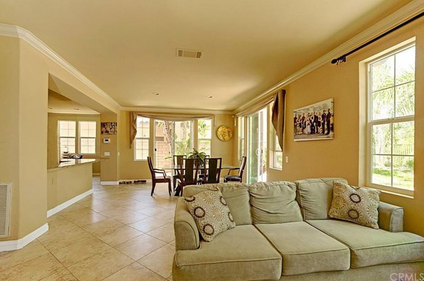 2919 Breezy Meadow Circle, Corona, CA - USA (photo 5)