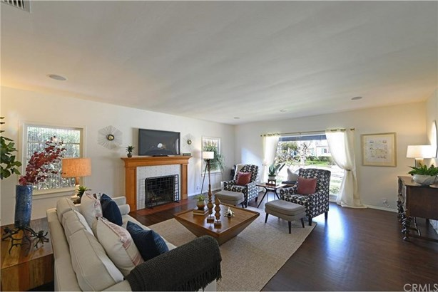 2458 N Riverside Drive, Santa Ana, CA - USA (photo 4)